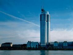 Bild-Millenium--Tower.jpg